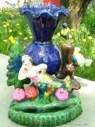 Régi kerámia -termék hableány vázával, madarakkal, vir