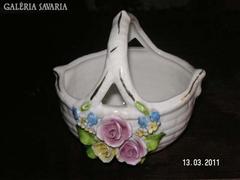 Porcelán kosárka