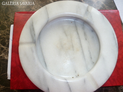 Tömör márvány hamutál