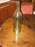 Zöld és fehér üvegek,butéliák,kancsó