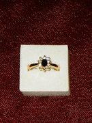 Aranyozott köves gyűrű