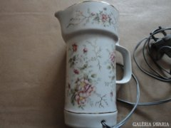 Antik porcelán kiöntő