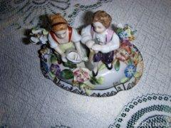 19. sz-i porcelánbonbonier