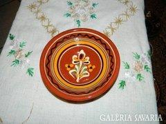 Kézműves kerámia falitányér