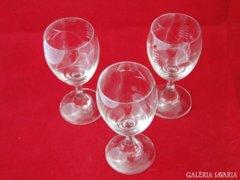 6387 Régi csiszolt üveg talpas pohár borospohár