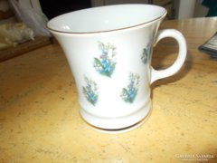Porcelán csésze