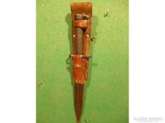 Y178 Antik bajonett eredeti fém tokban