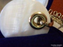 Gyöngyház kagyló medál, lánccal