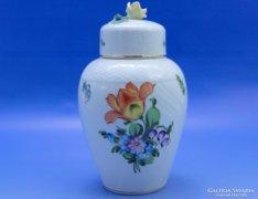 0B669 Virág mintás herendi urna váza