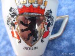 Címeres antik kávés csésze Berlin
