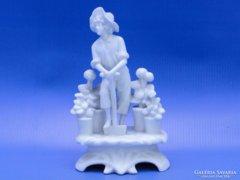 0C593 Antik biszkvit jelzett porcelán szobor