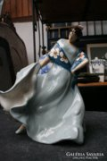 Táncoló nő, Royal Dux kerámia szobor