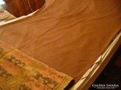Nagyon szép ágytakaró bársonykárpitból