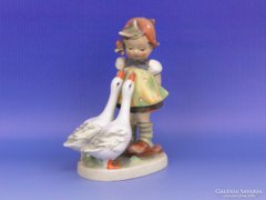 0D053 Antik Hummel kislány libákkal TMK 1