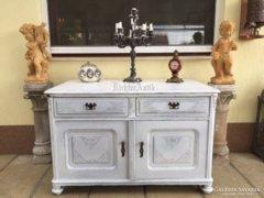 Provence bútor, fehér antikolt tálaló, komód 05.