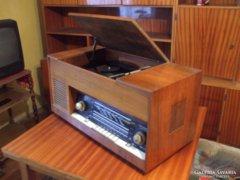 Retró lemezjátszós rádió