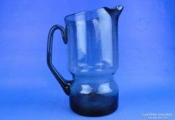 0D716 Füstszínű üveg vizeskancsó