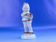 0D834 Jelzett Royal Dux porcelán kislány figura