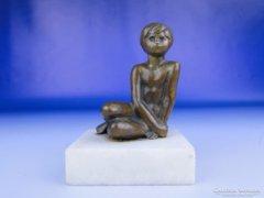 0E529 Régi jelzett bronz Kiss Lenke kisplasztika