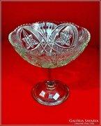 Gyümölcstál csiszolt üvegből