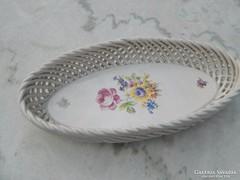 Áttört fonatos ovális  kézzel festett tál