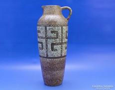 0B579 Jelzett retro kerámia váza