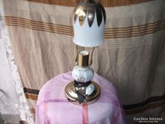 Majolikás porcelán törzsű asztali lámpa eladó!