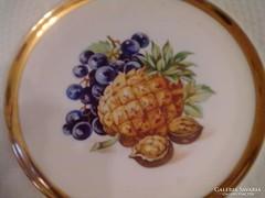 Nagyon szép gyümölcsös kináló tál