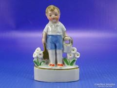 0B620 Antik WAGNER und APEL porcelán kertész fiú