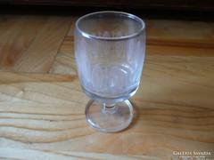 Régi talpas csiszolt  üveg feles pohár