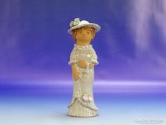 0H725 Antalfiné Szente Katalin kalapos lány