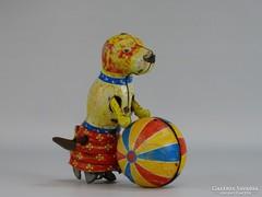 0I246 Régi lemez felhúzós cirkuszi kutya