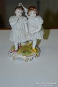 Német porcelán páros kislány figura