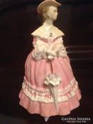 Lady Emma limitált porcelán figura