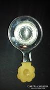 Ezüst teaszűrő