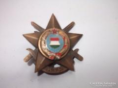 Zománcozott Magyar Címer-katonai kitűző,kitüntetés ?
