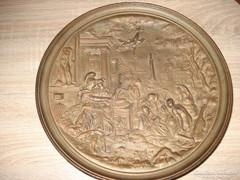 Öntöttvas falitál római jelenettel