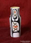 Gorka Lívia váza (22 cm) - NAGYON RITKA MOTÍVUMMAL