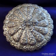 Míves, igényes ezüst borítású antik tükör