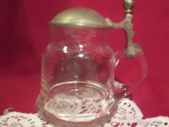 Ón fedeles üveg korsó 11 cm magas 1701/1