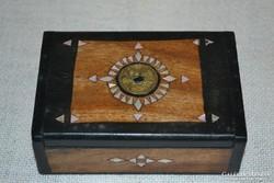 Csoda szép gyöngyház berakásos fa dobozka ( DBZ 0068 )