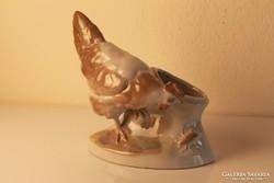Kakas szobor, figurális fajansz váza