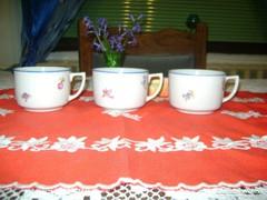 Régi Zsolnay teás csésze - három darab