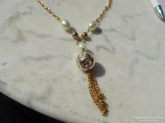 Érdekes bizsu aranyszínű nyaklánc gyöngyökkel és medállal Új