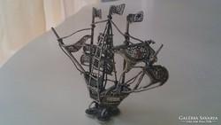Ezüst filigrán vitorlás hajó