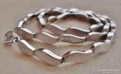 Szépséges ritka széles ezüstnyakék