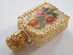 Gobelin díszes mini parfümös üveg