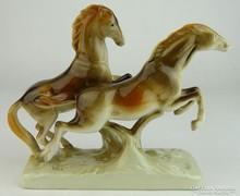 0L720 Royal Dux porcelán ló szobor