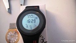 Svájci lottózó óra különlegesség 4,6 cm még fóliás! szépségh