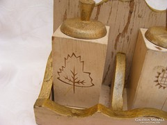 Nagyon régi kézműves fa fűszertartó